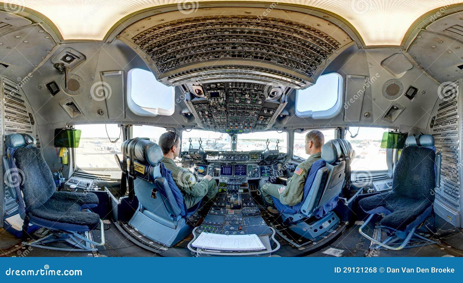 C-17 Globemaster III cockpit  C 17 Cockpit