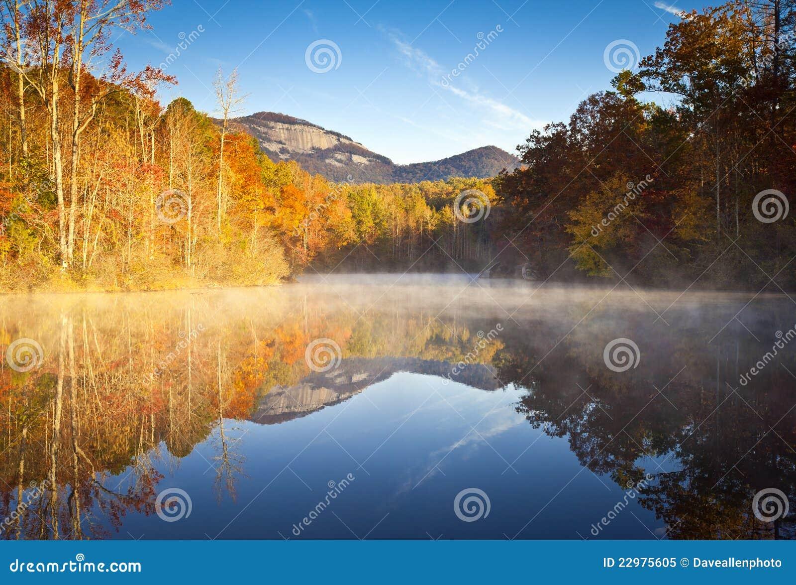 Caída de la roca del vector del paisaje del otoño de Carolina del Sur