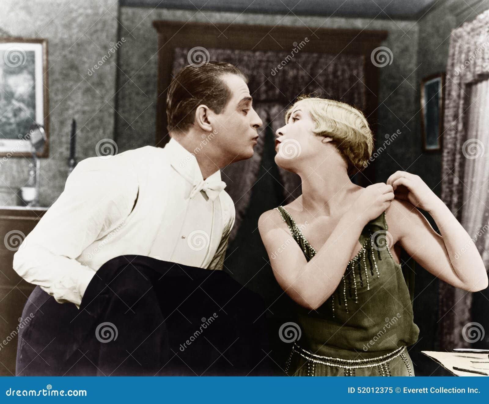 Całować pary (Wszystkie persons przedstawiający no są długiego utrzymania i żadny nieruchomość istnieje Dostawca gwarancje że tam