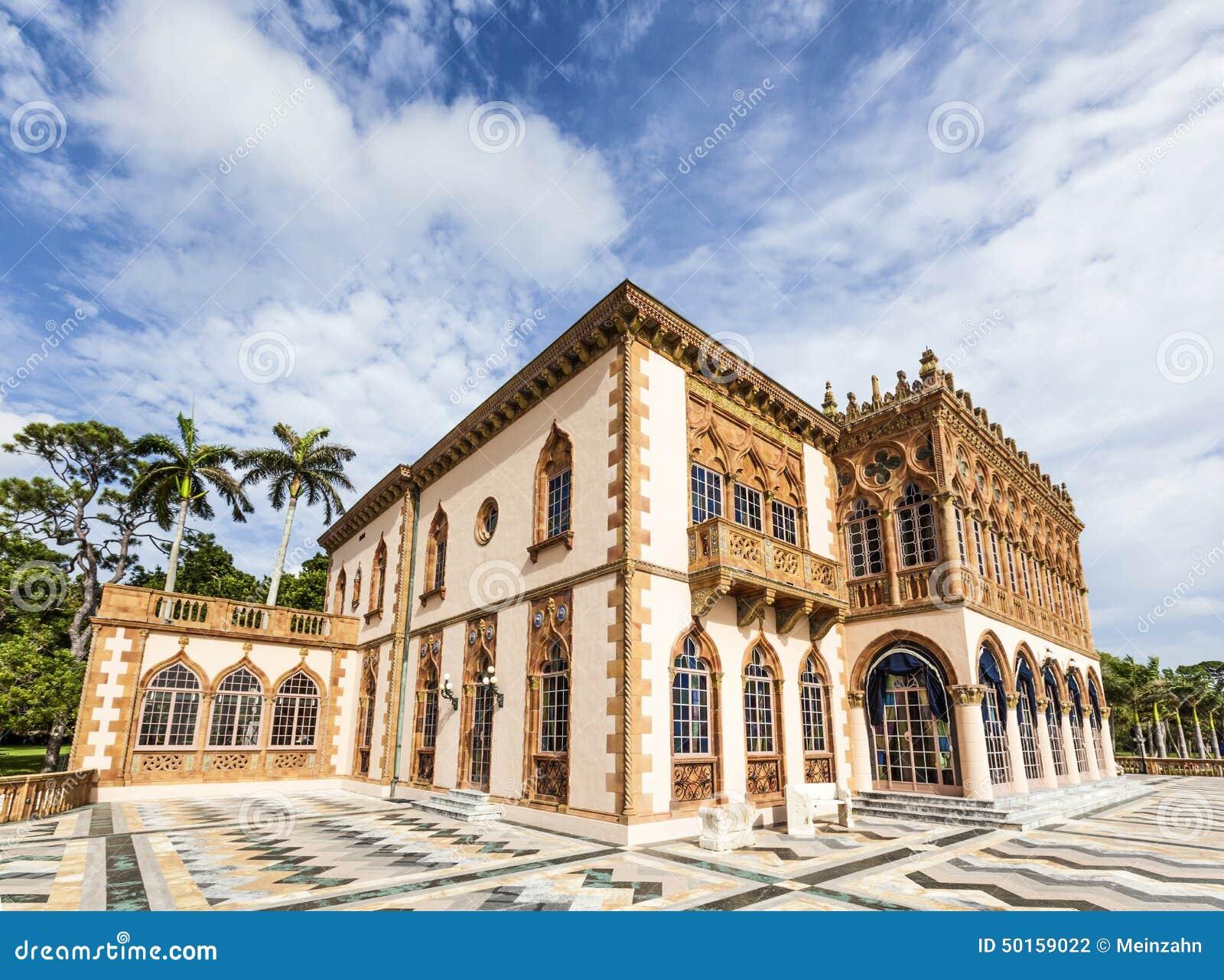 Ca D 39 Zan Is An Elaborate Venetian Style Villa Modeled In