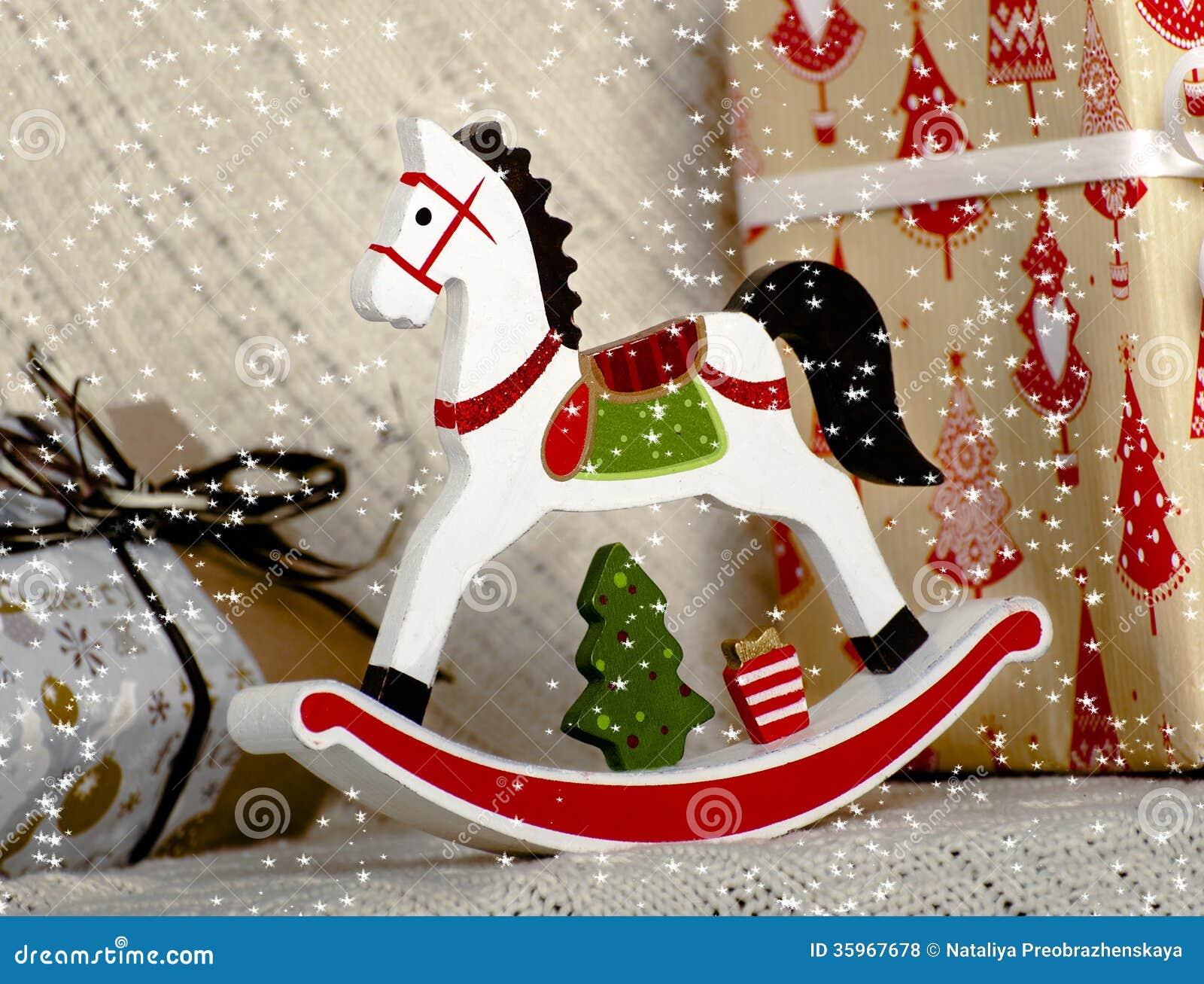 Caballo de madera del juguete de la Navidad