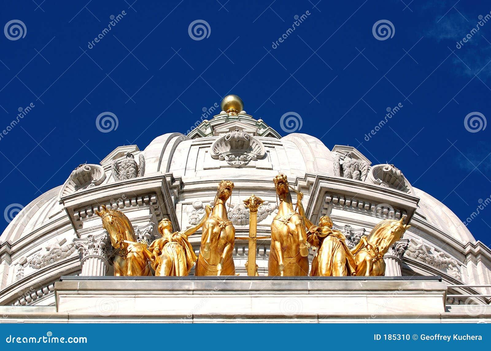 Caballos de oro