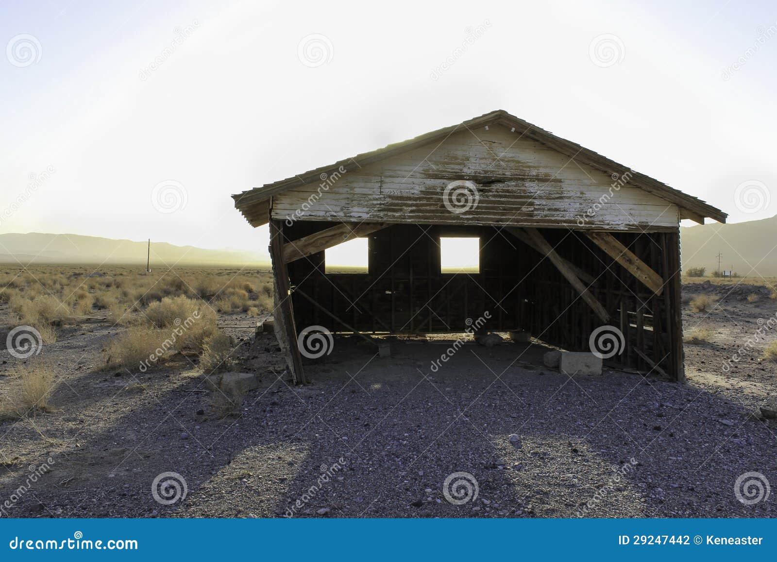 Download Cabana do deserto foto de stock. Imagem de iluminado - 29247442