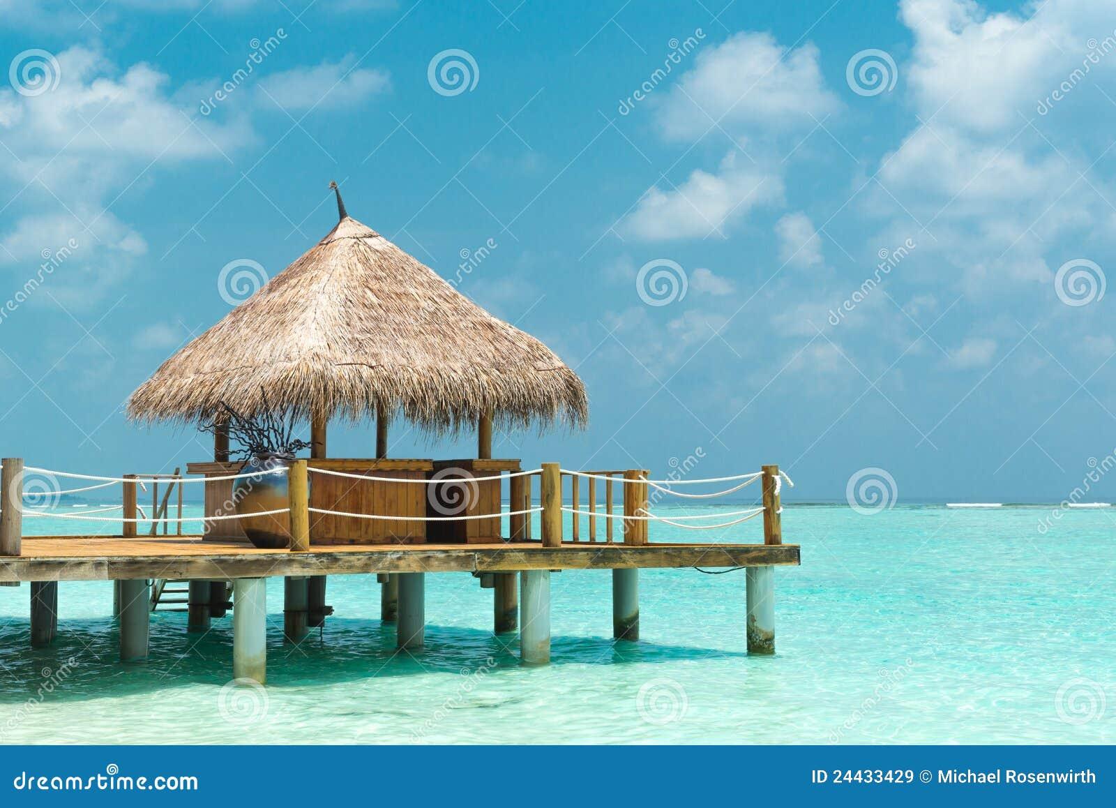 Cabane de plage images libres de droits image 24433429 for Cabane de plage pour jardin