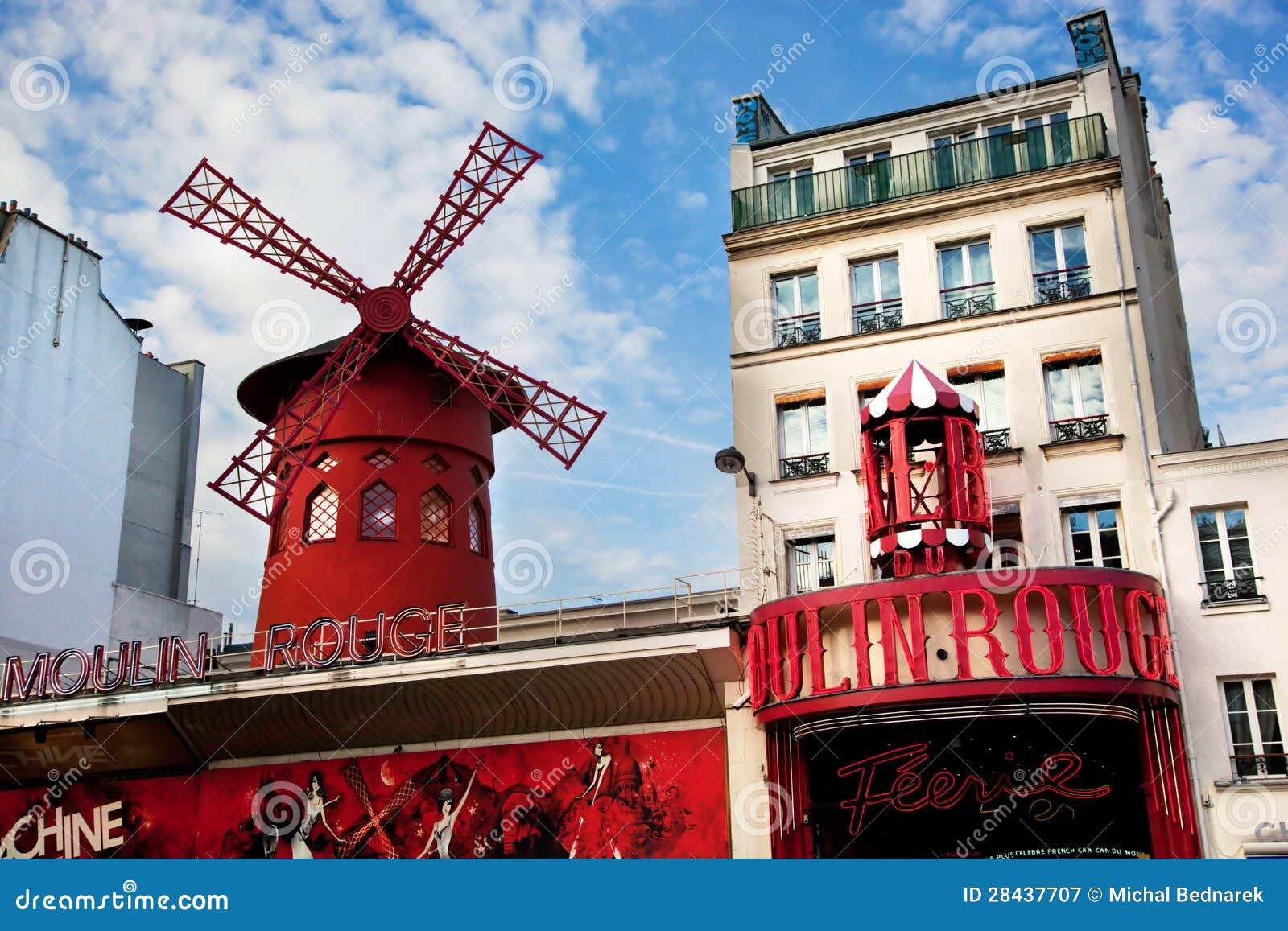 Cabaret du Moulin rouge. Paris, France.
