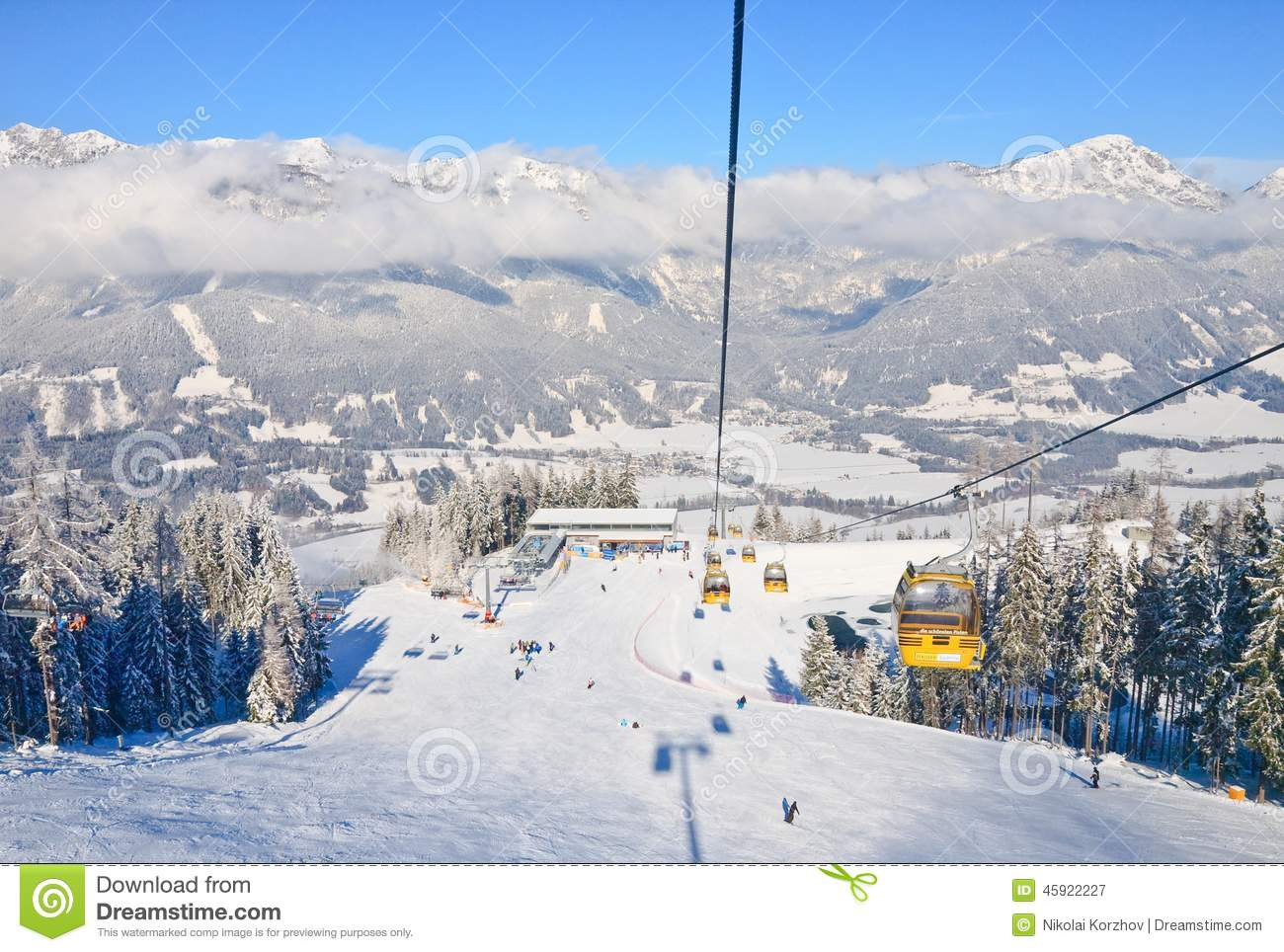 Cabin Ski Lift. Ski Resort Schladming . Austria Editorial Photography ...
