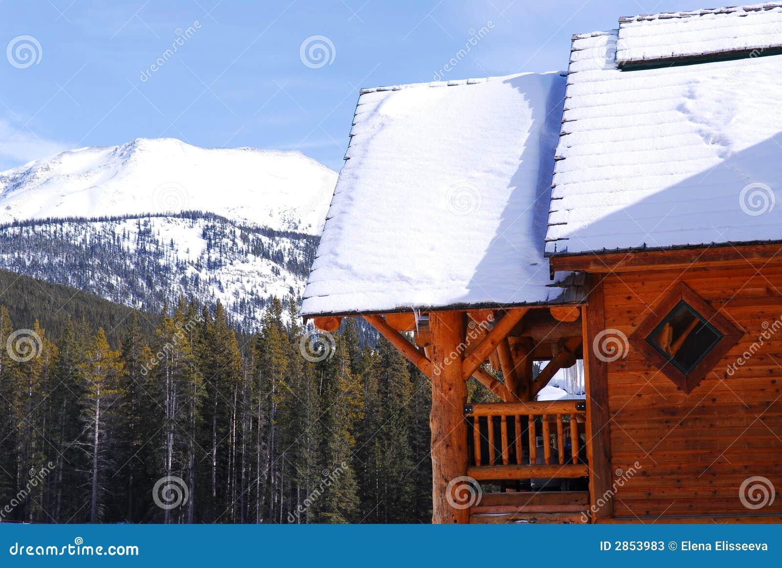 Cabina della montagna del libro macchina immagine stock for Riparazione della cabina di log
