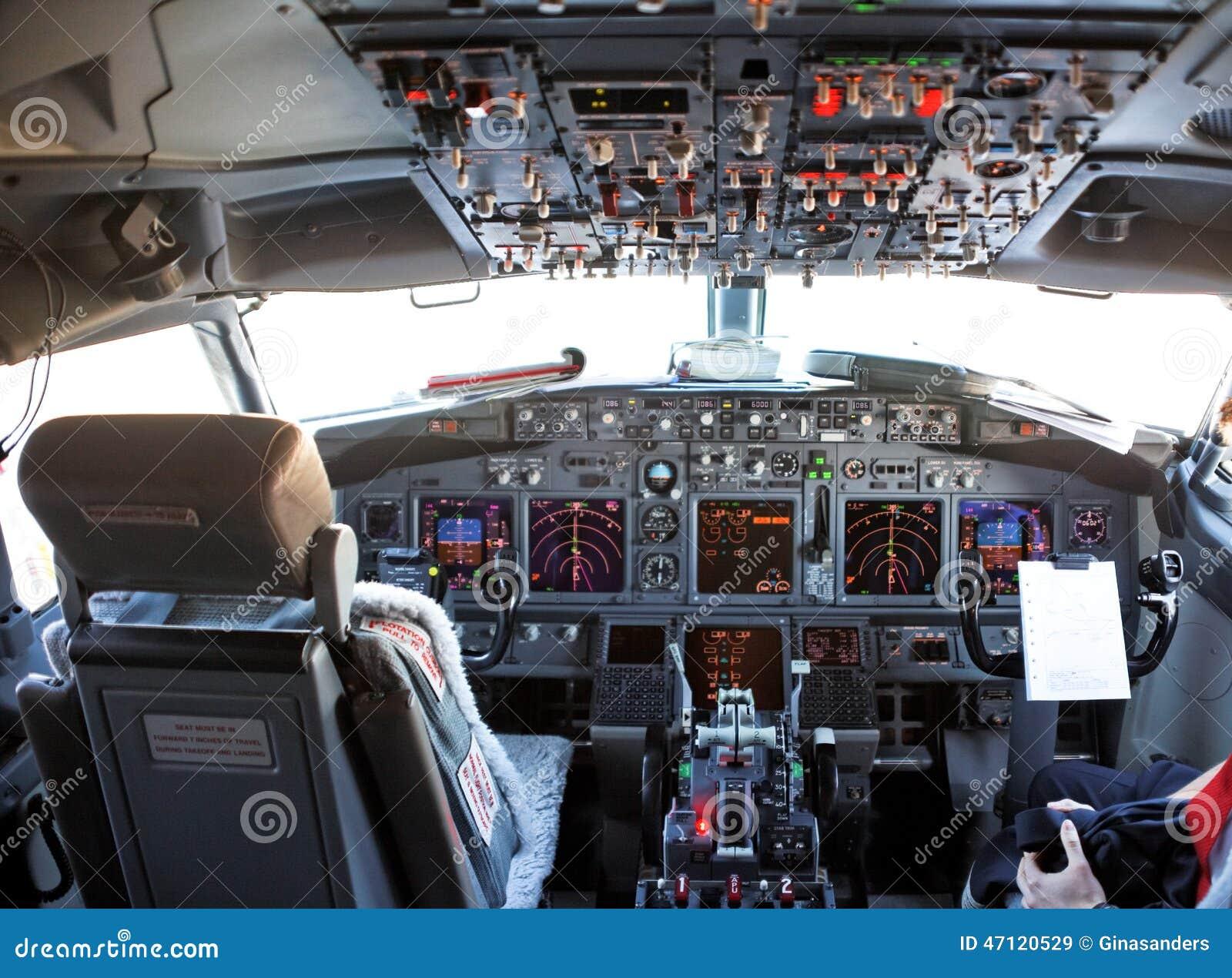 Cabina di pilotaggio aereo 28 images dentro la cabina for Pulitore di cabina