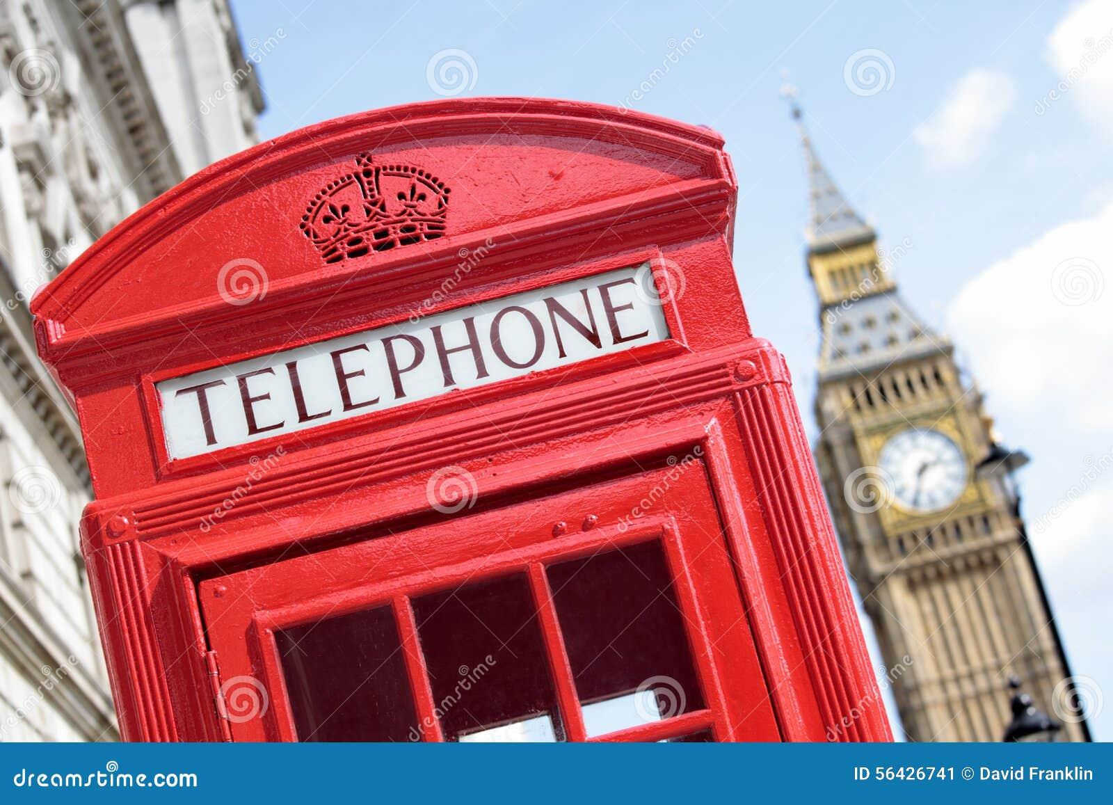 Cabina telefonica rossa britannica con la torre di for La cabina di zio ben