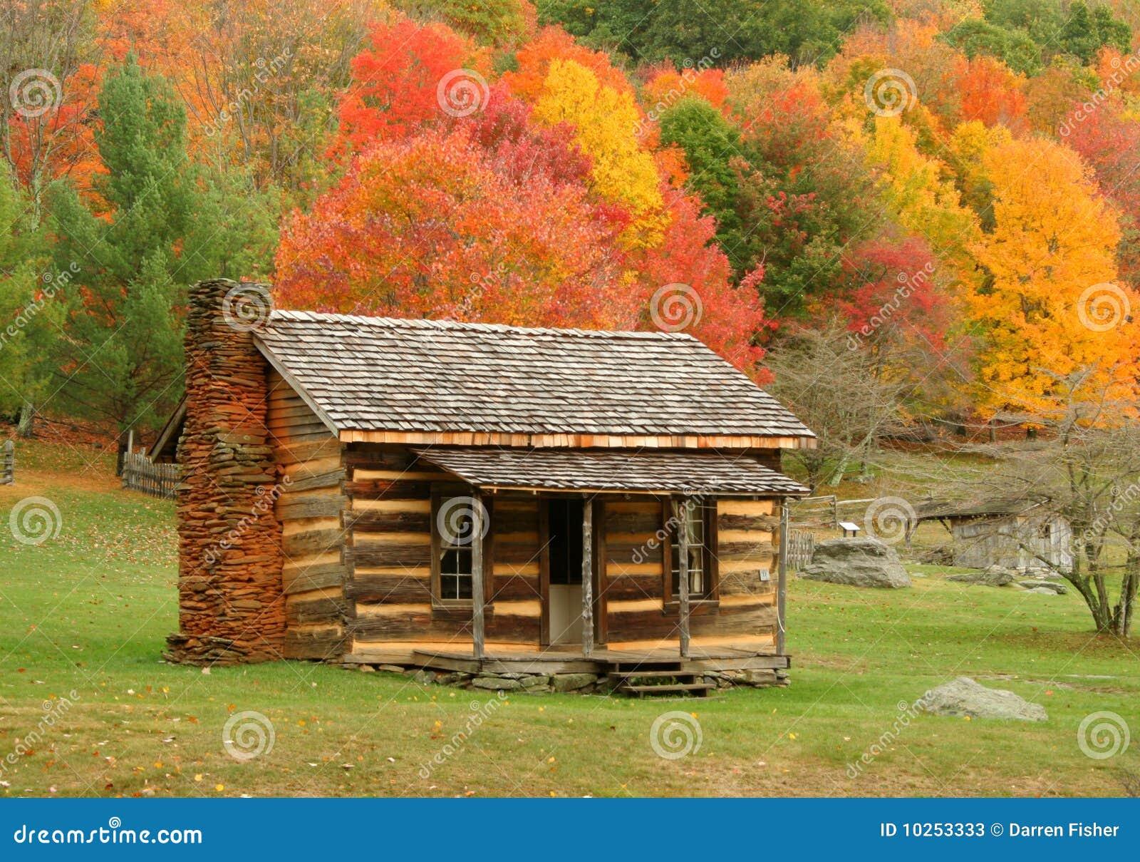 Cabine no outono