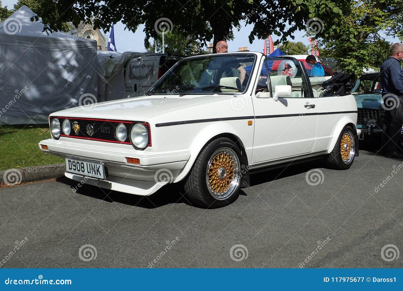Download Cabriolet GTI 1 Di Golf Di Volkswagen MK1 8lt Nel Bianco Alpino Fotografia Editoriale - Immagine di cabriolet, motore: 117975677