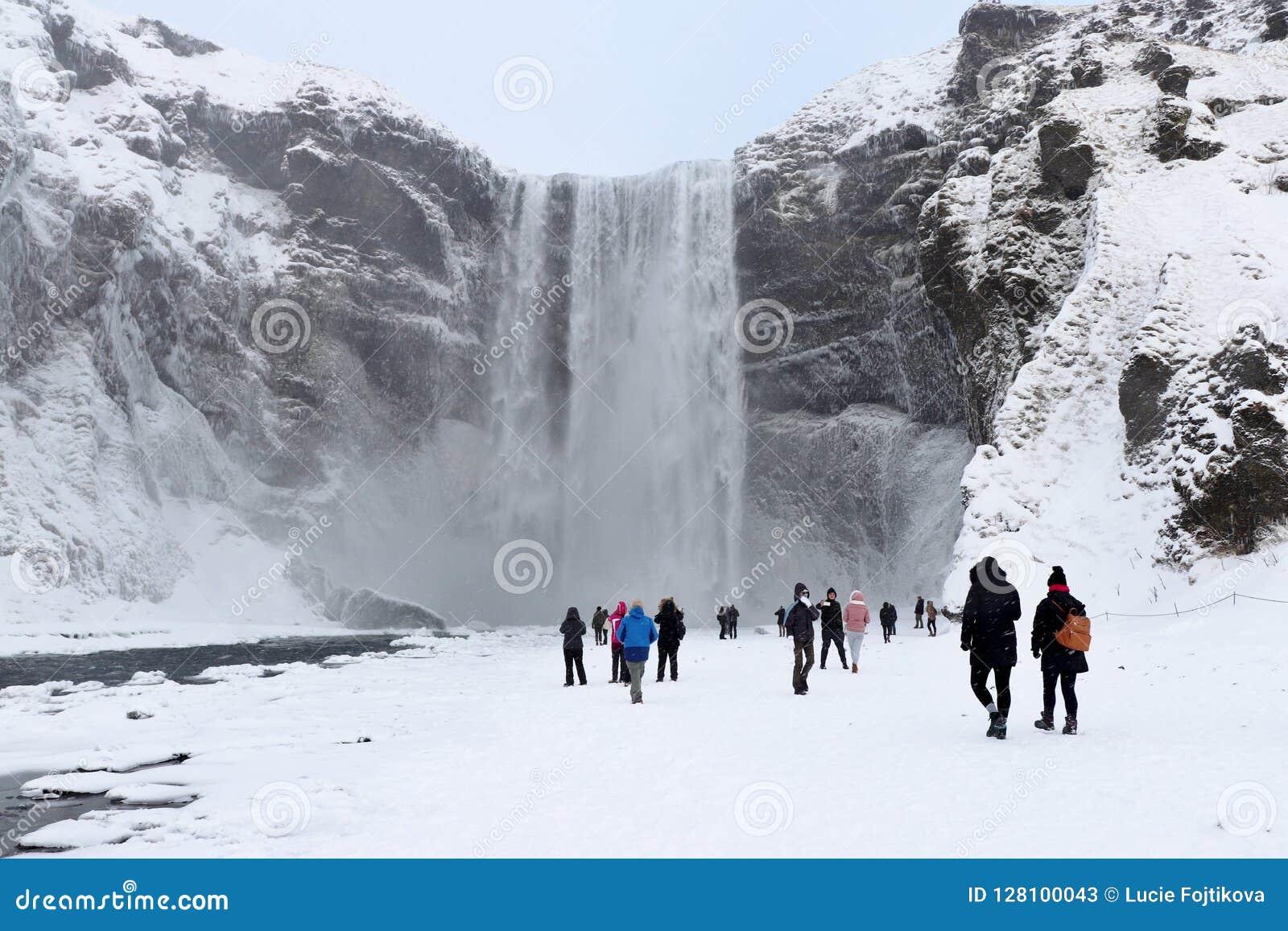Cachoeira de Skógafoss em Islândia