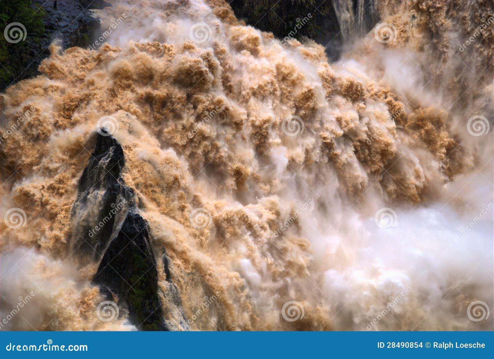 Cachoeira do desfiladeiro de Barron