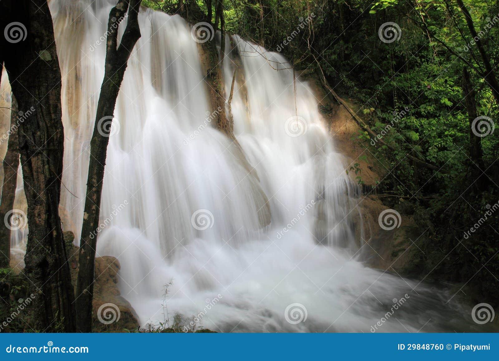 Cachoeira em Tailândia