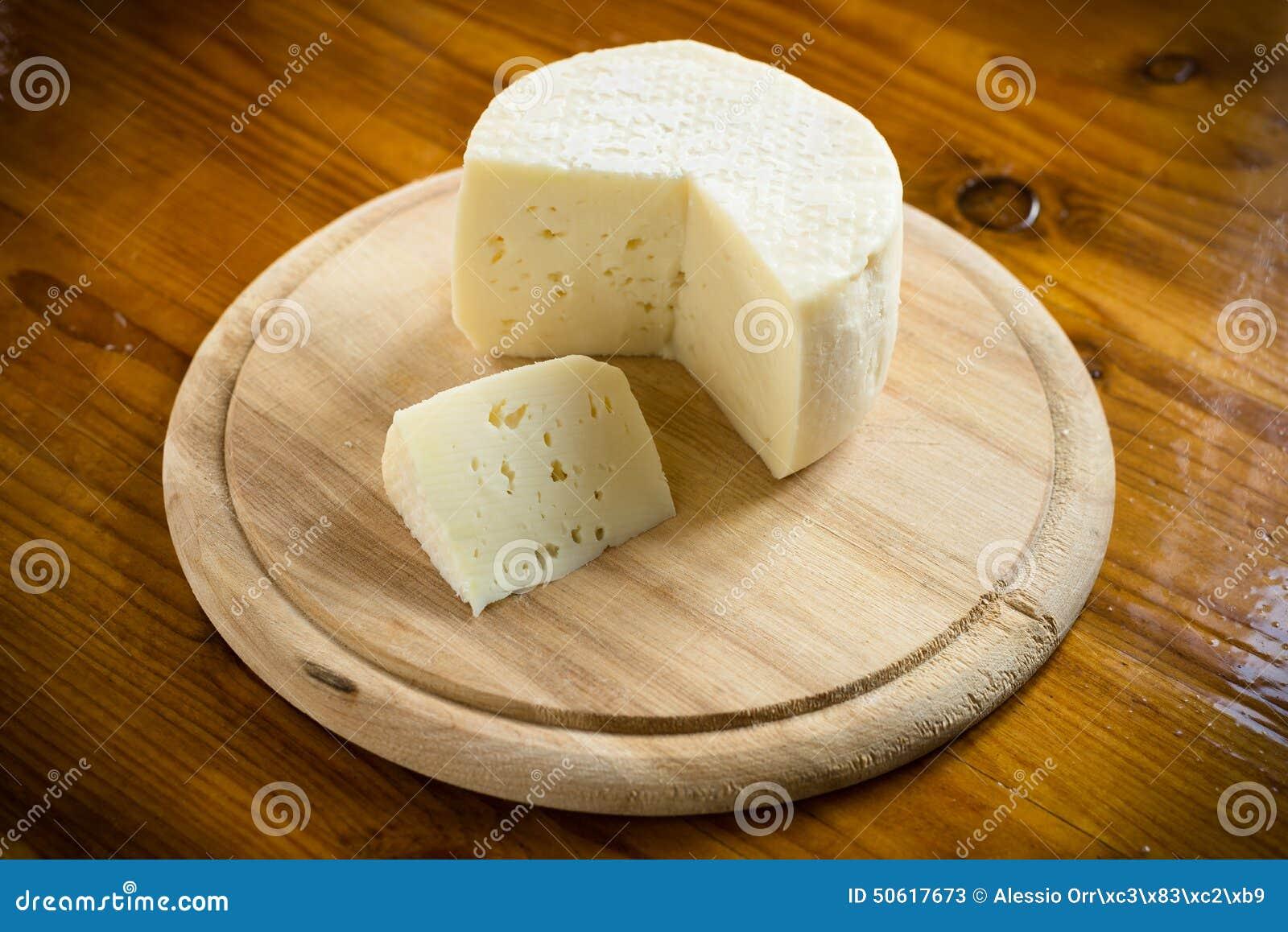 Caciotta, queijo italiano