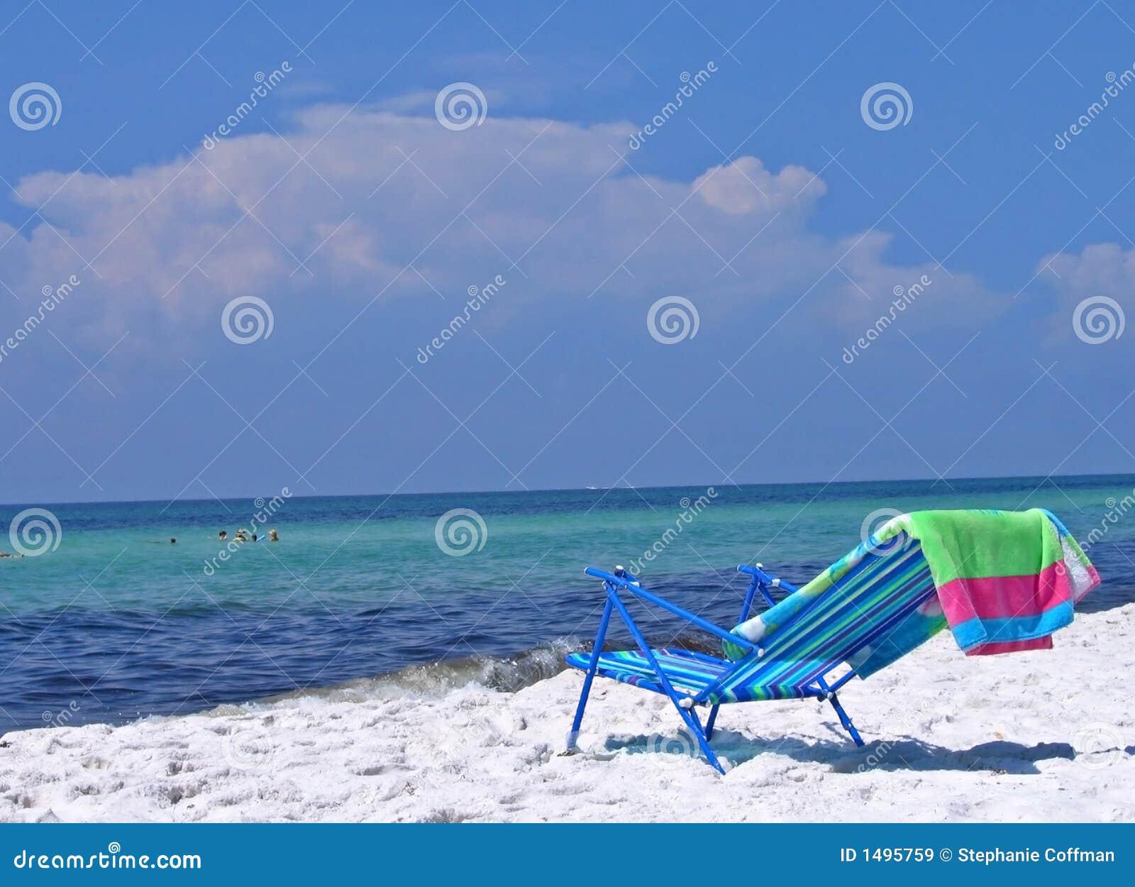 Cadeira da sala de estar na praia