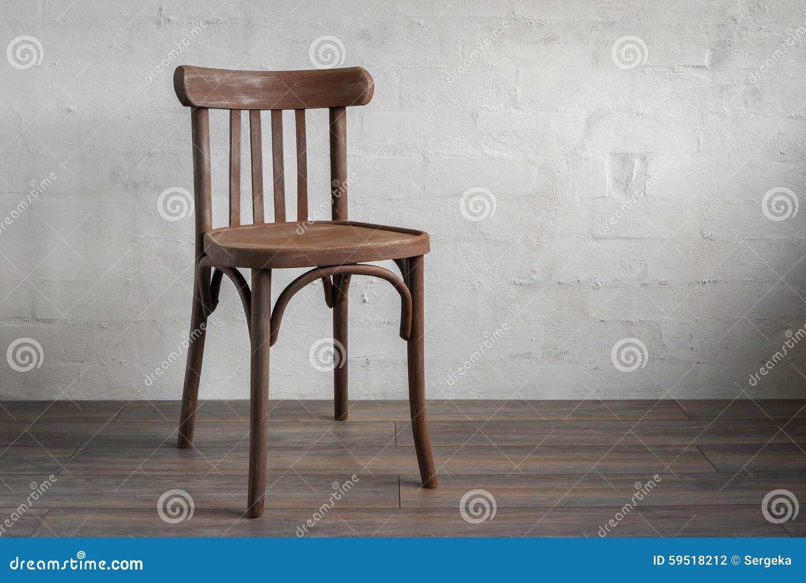 Cadeira De Madeira Foto de Stock Imagem: 59518212 #86A823 1300x957