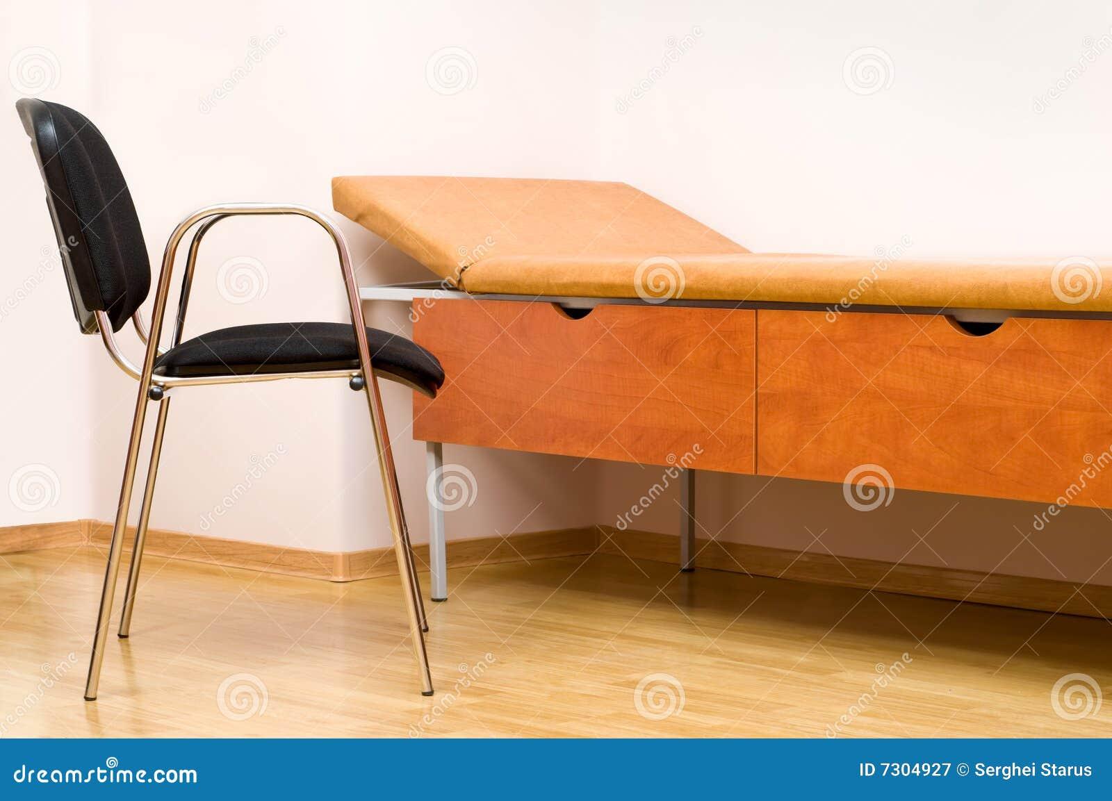 Cadeira e sofá