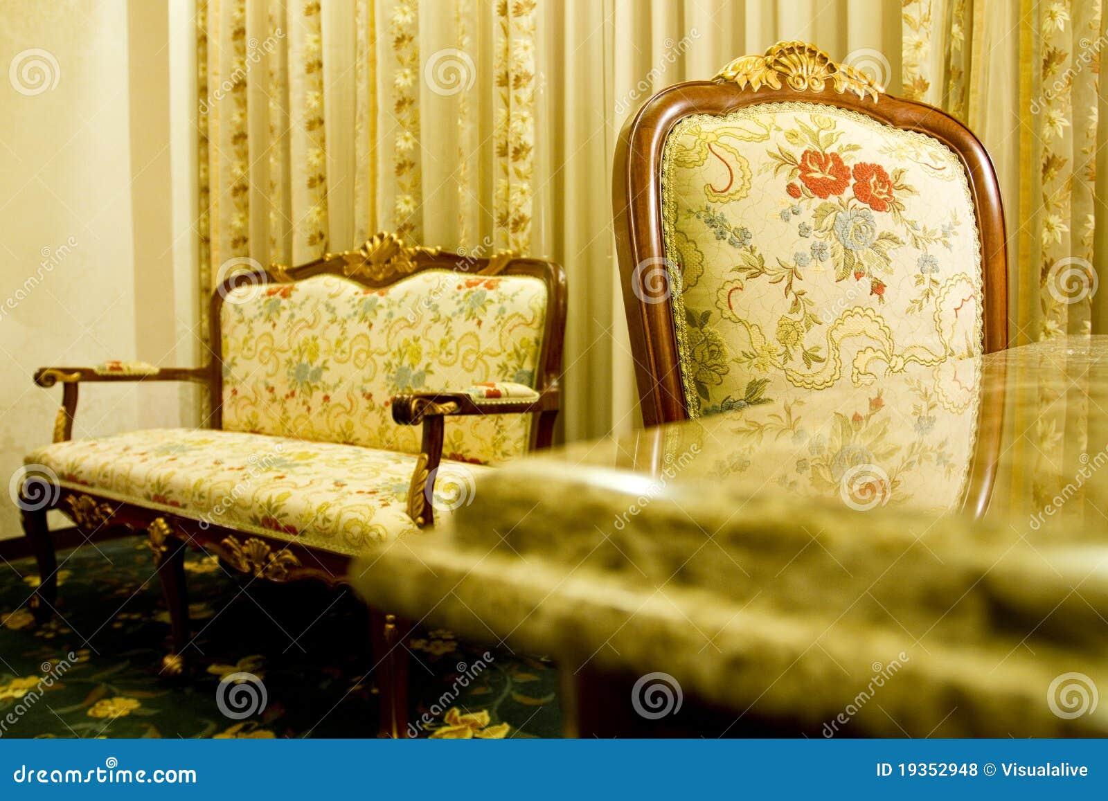 Cadeira no interior