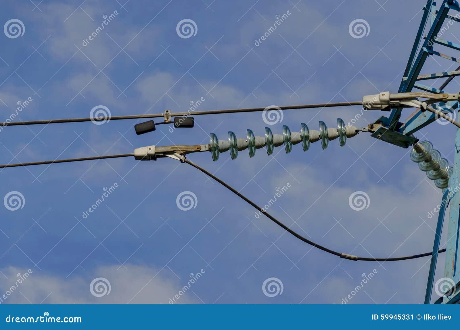 Cadena acampanada del aislador de la l nea de transmisi n for Subida de tension electrica