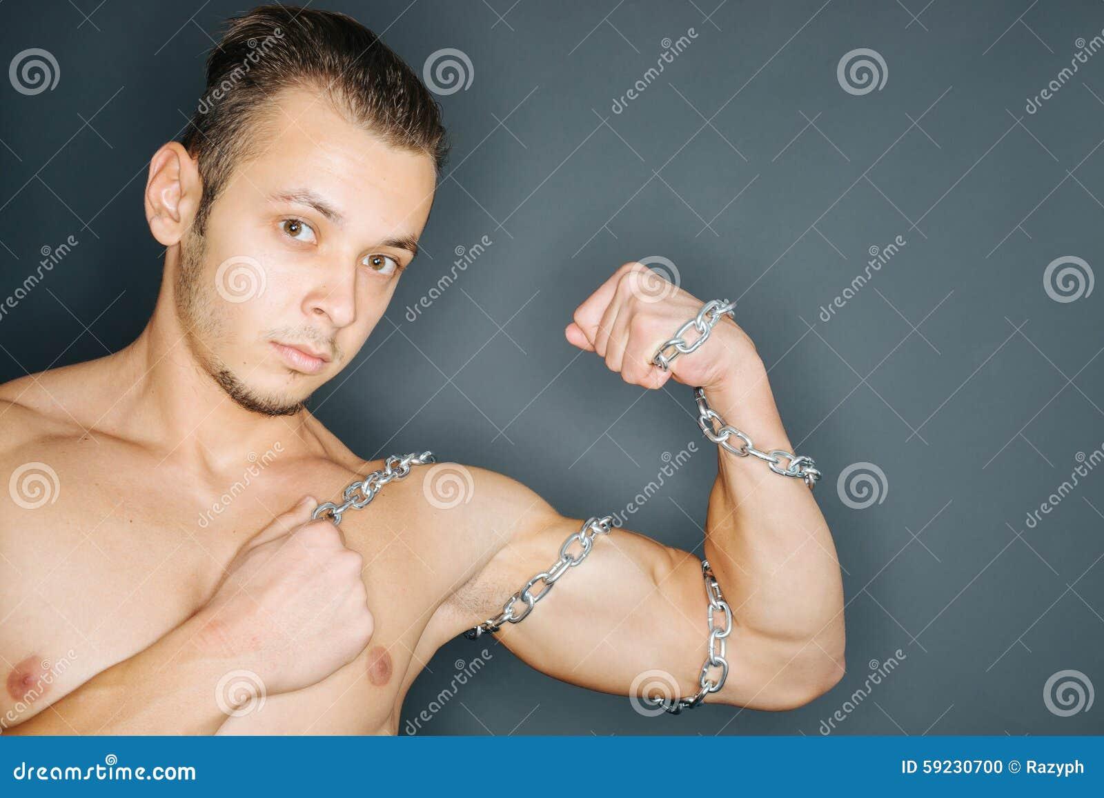 Download Cadenas Alrededor De Bíceps Foto de archivo - Imagen de vitalidad, serio: 59230700