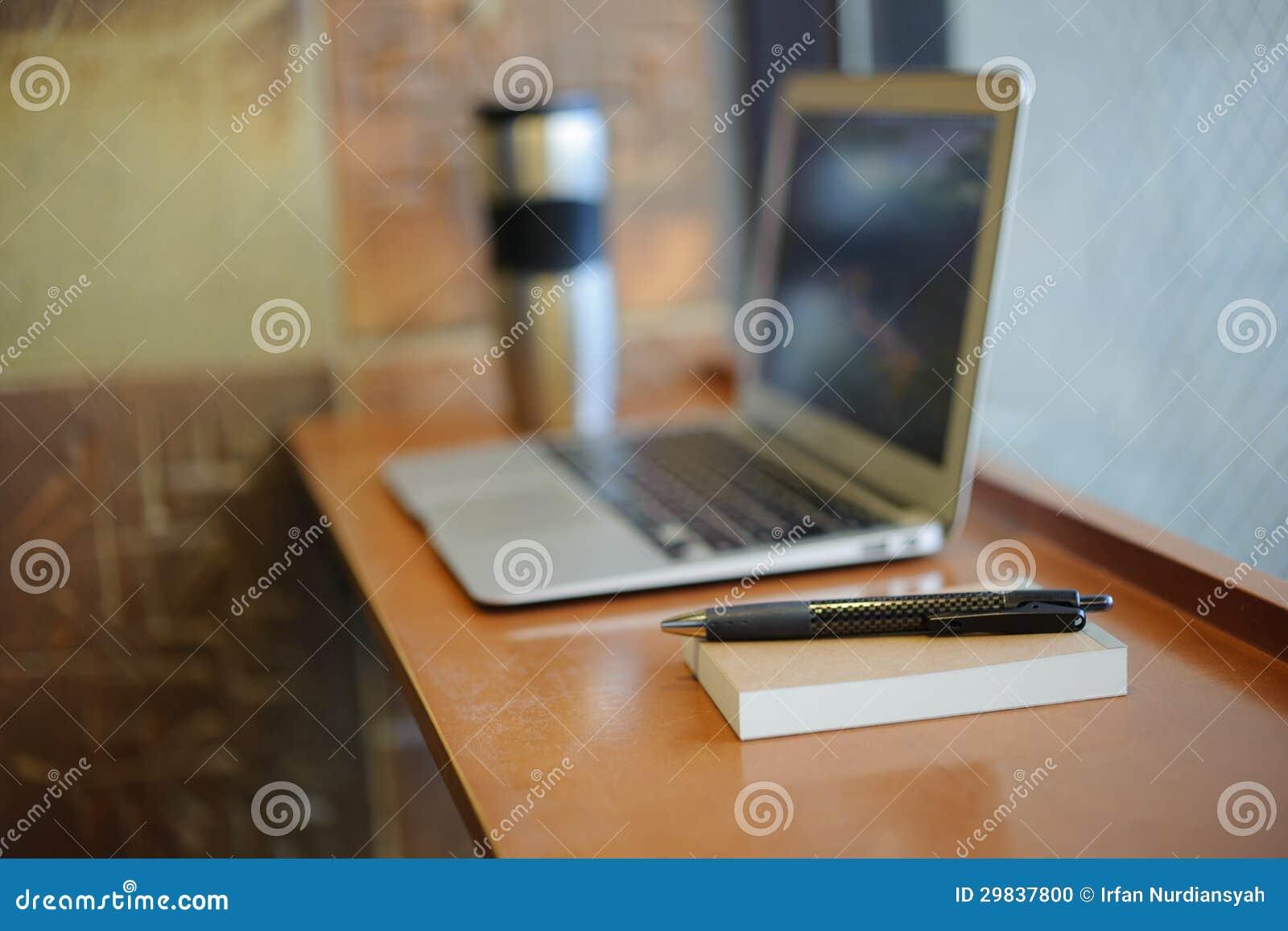 Caderno digital e de papel
