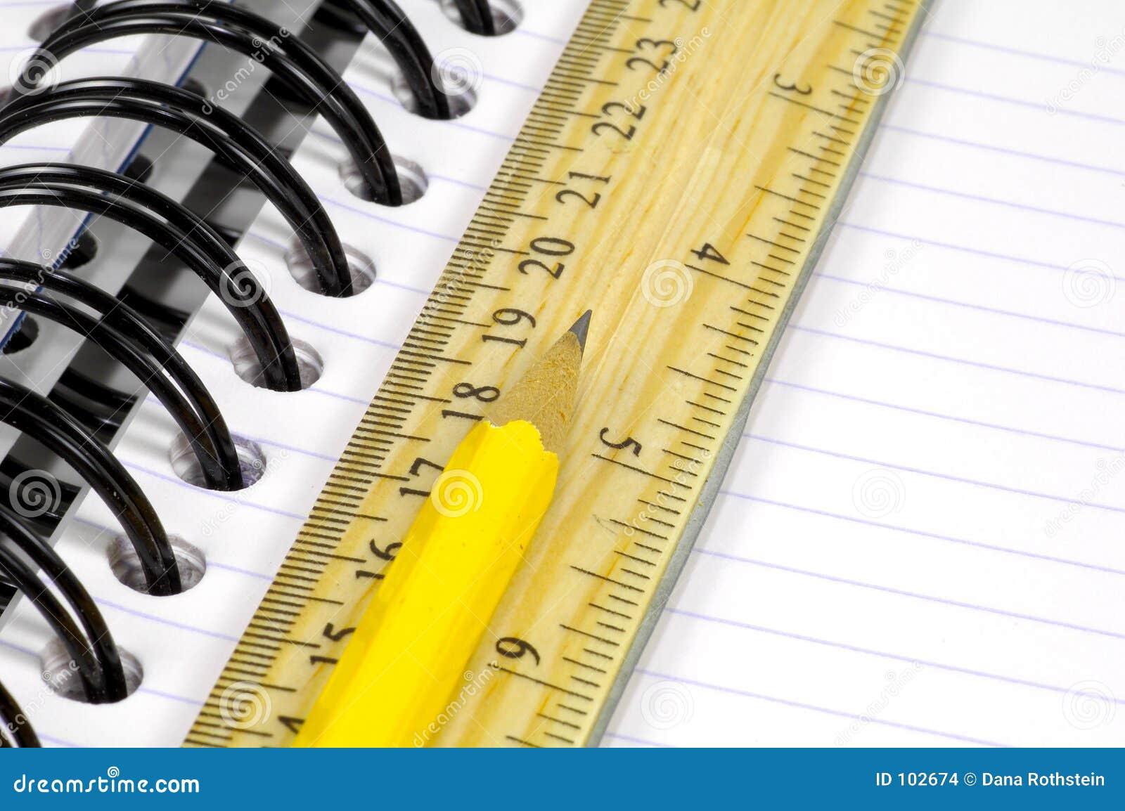 Caderno e lápis 2