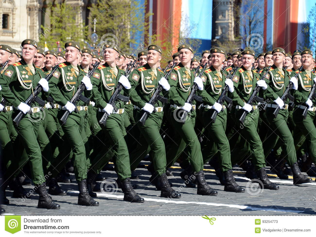 The cadets of the Military University of the Ministry of Defence of the Russian Federation on the General parade rehearsal in red