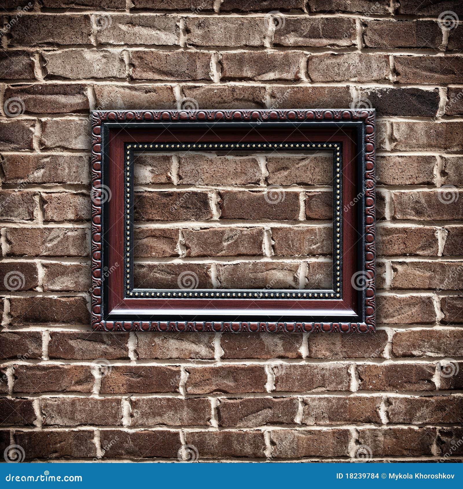 cadre de tableau sur le mur de briques grunge images stock. Black Bedroom Furniture Sets. Home Design Ideas