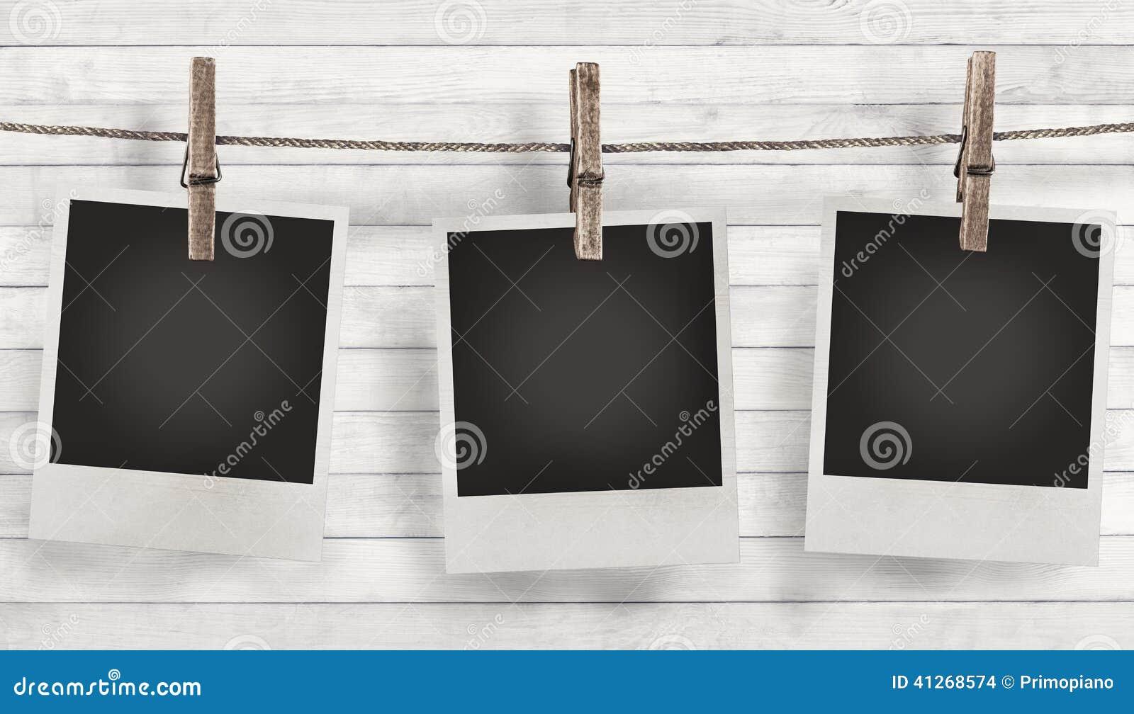 cadre vide de photo avec des fleurs d 39 t photo stock image 41268574. Black Bedroom Furniture Sets. Home Design Ideas
