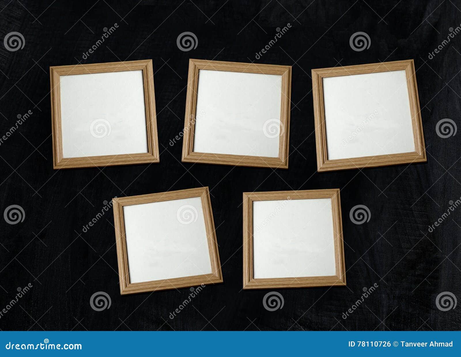 cadres de tableau en bois vides de photo sur le mur photo stock image du vide grunge 78110726. Black Bedroom Furniture Sets. Home Design Ideas