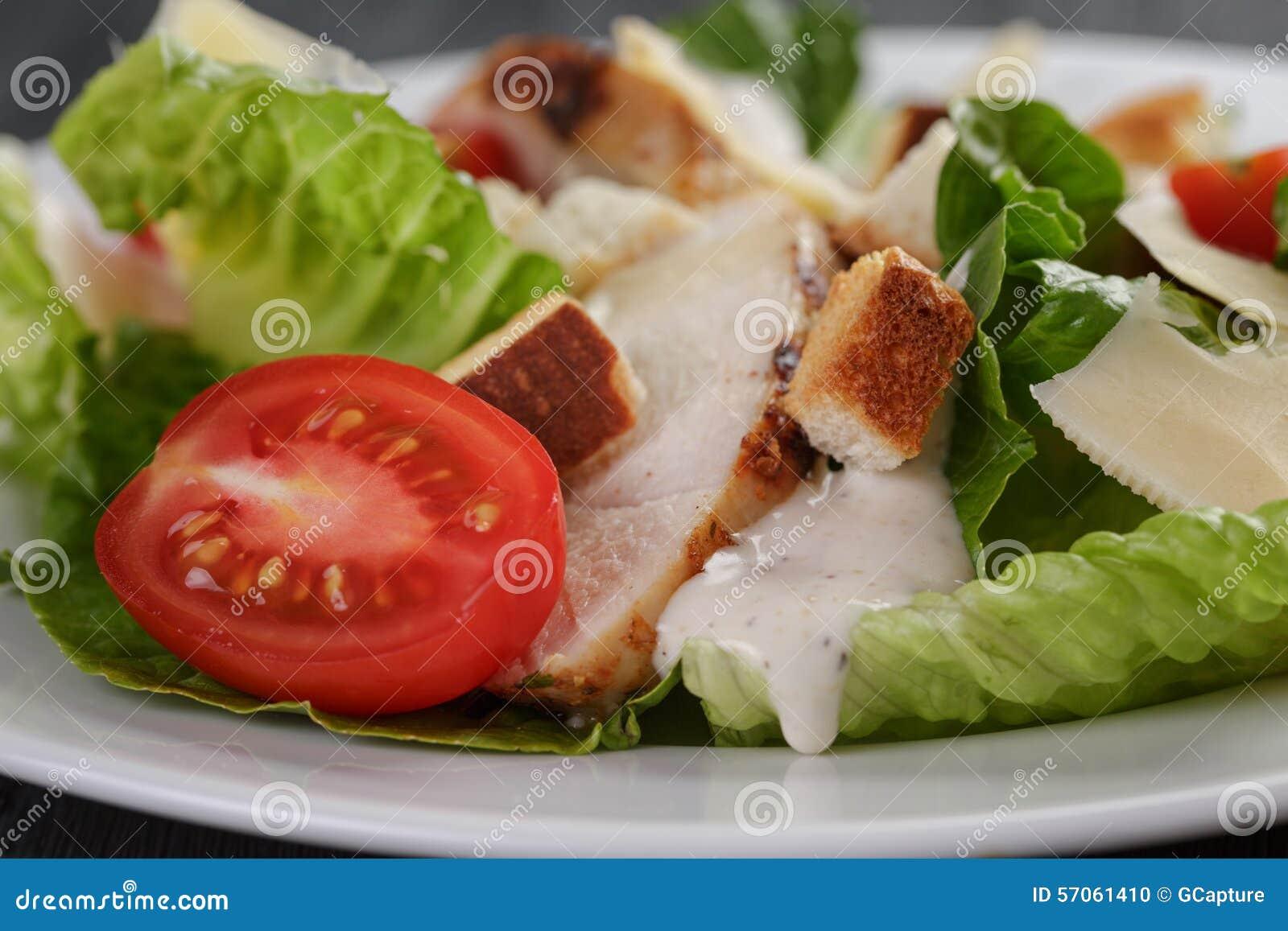 Caesarsalade met kip romain en croutons