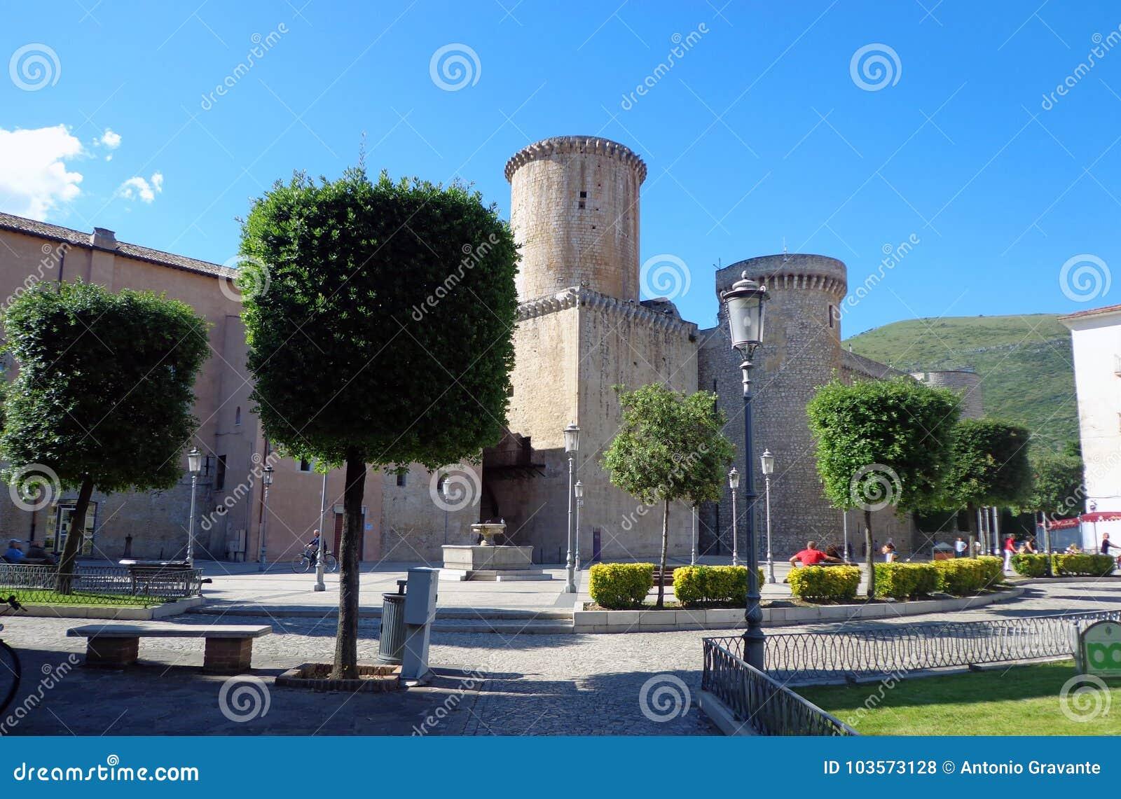 Caetani-Kasteel het van een baron bouwde 1319 in Fondi, Italië in