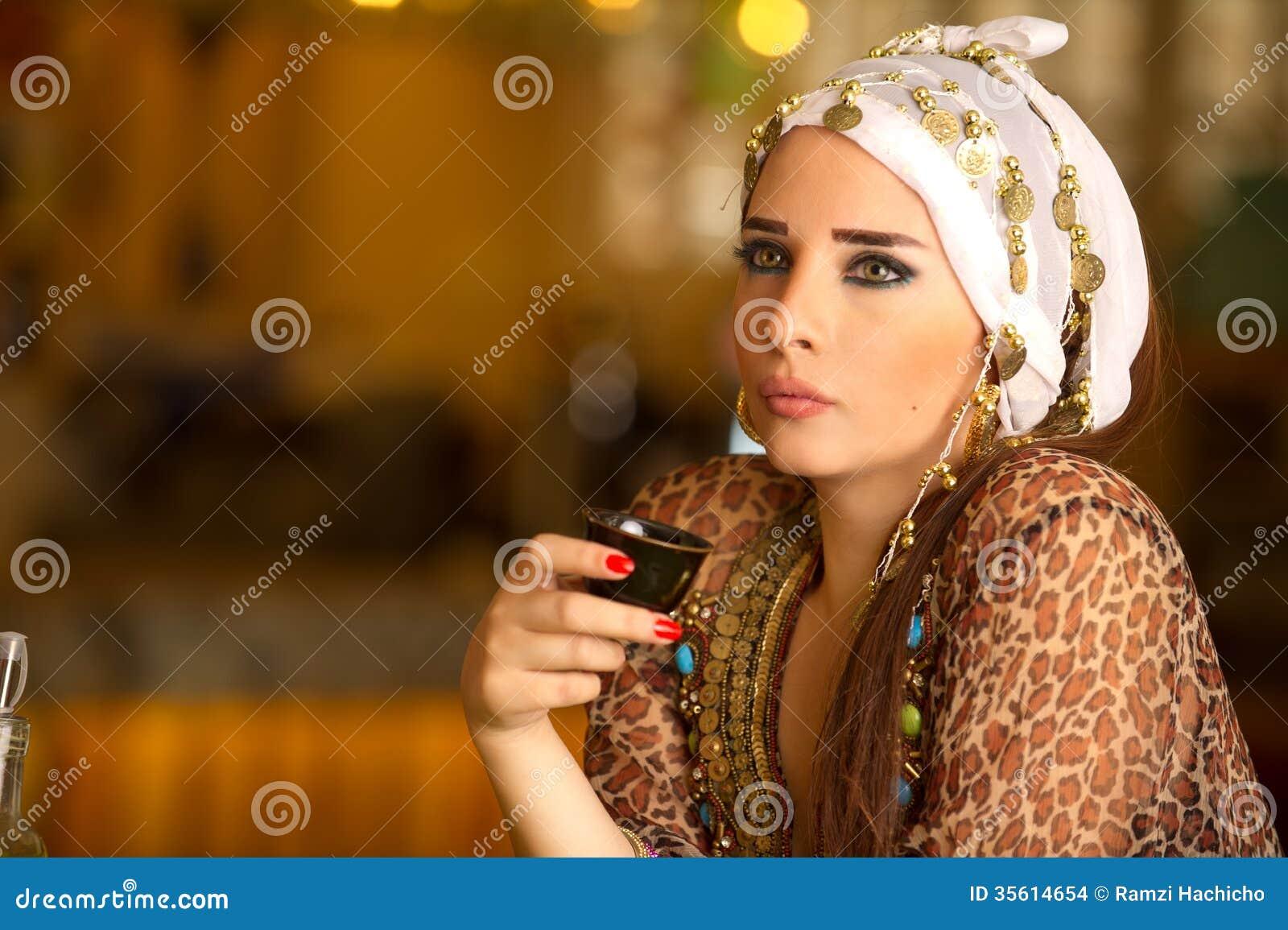 Arab Dating Chat Rooms Women Men Muslim Dating amp Chat