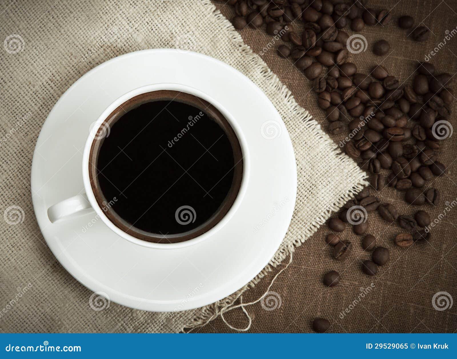 Café com feijões