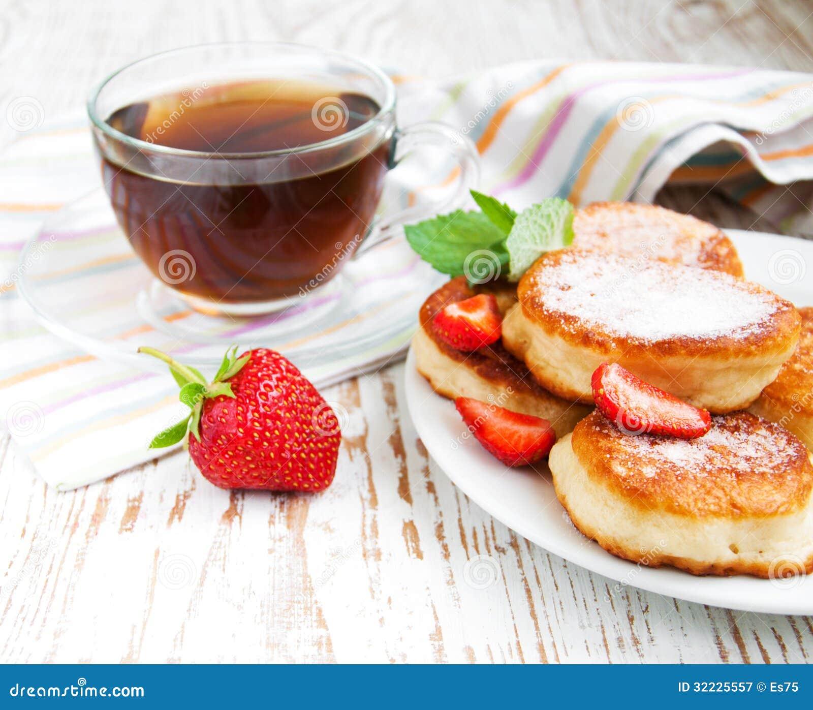 Download Café da manhã imagem de stock. Imagem de pancake, baga - 32225557