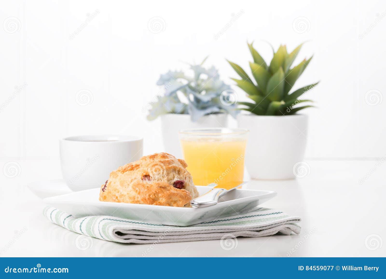 Café da manhã do bolo do arando