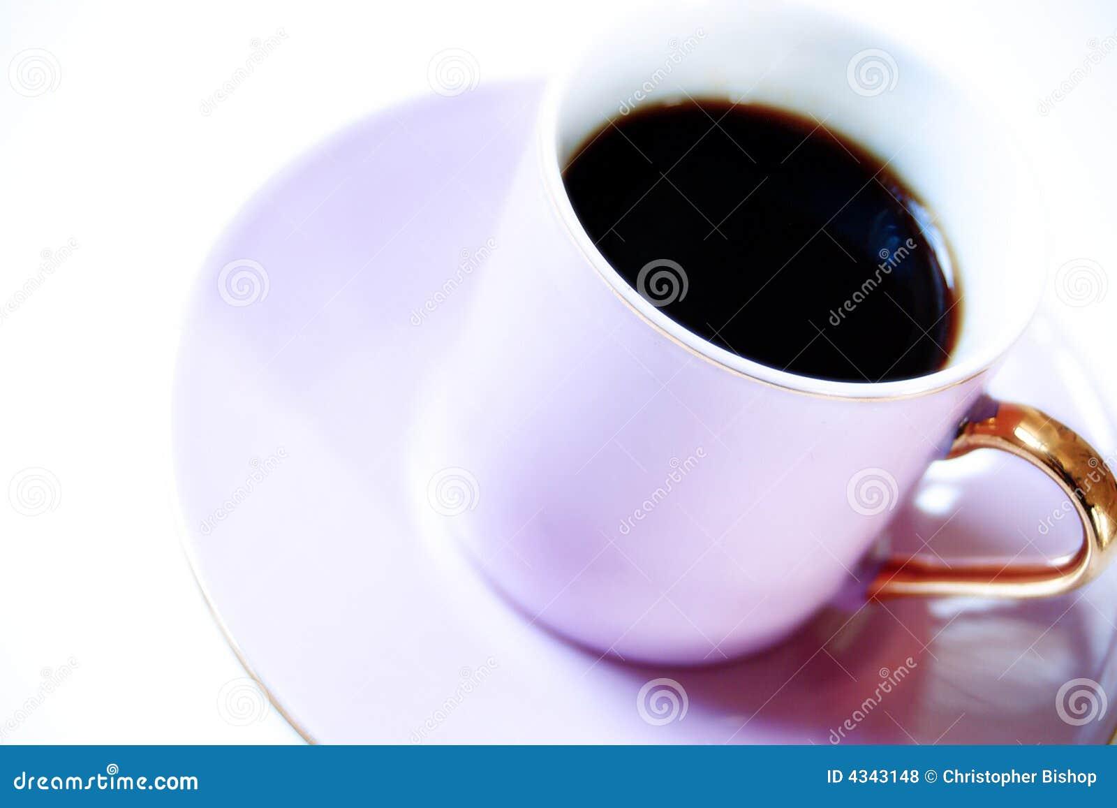 Café de Expresso en taza rosada
