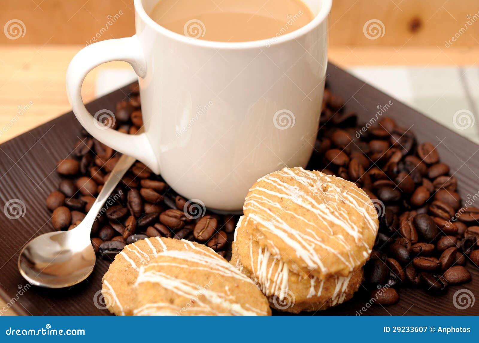 Download Café e biscoito imagem de stock. Imagem de manhã, breakfast - 29233607