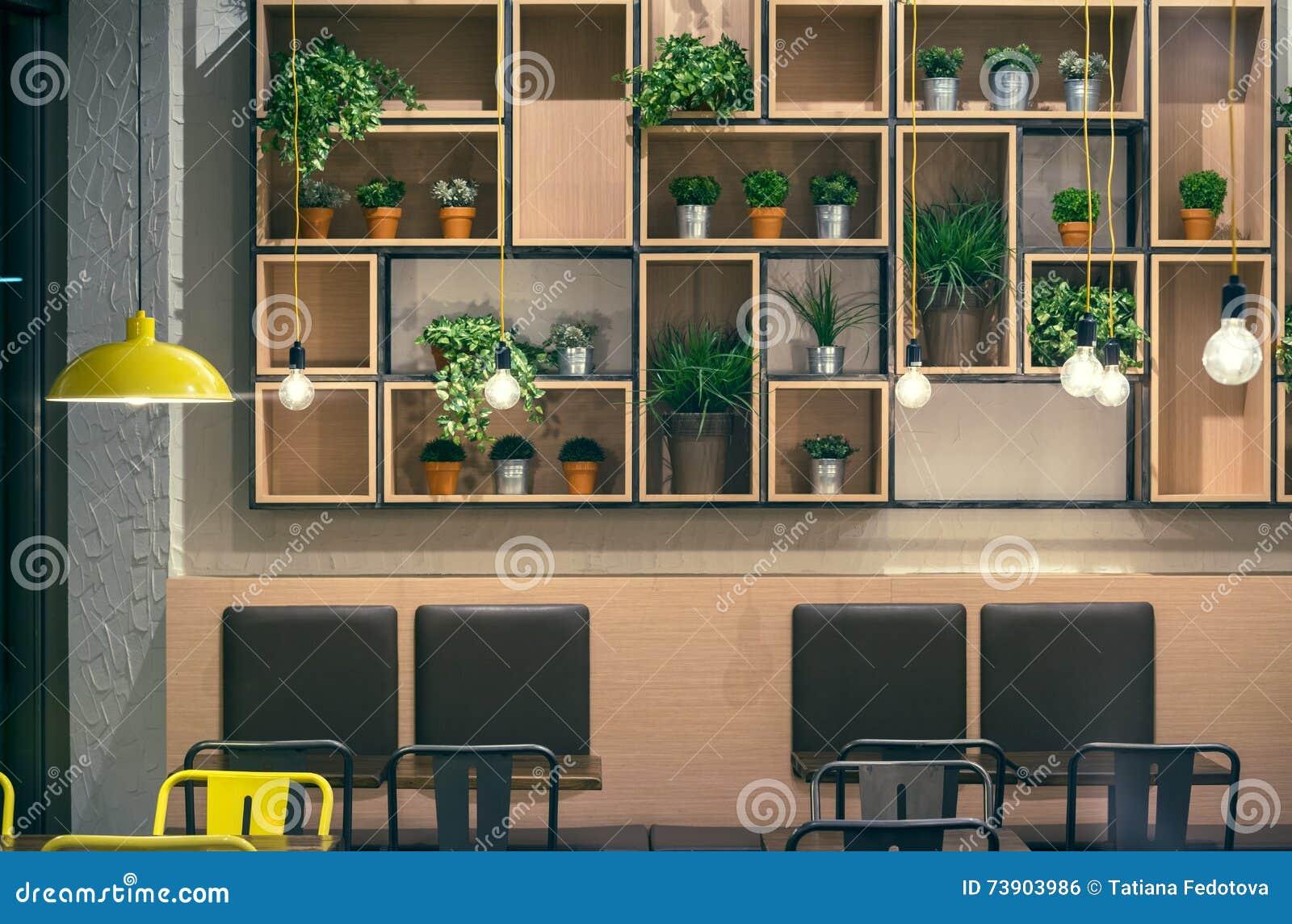 Cafe Innenraum Wandgestaltung Stockfoto Bild Von Niemand Hell