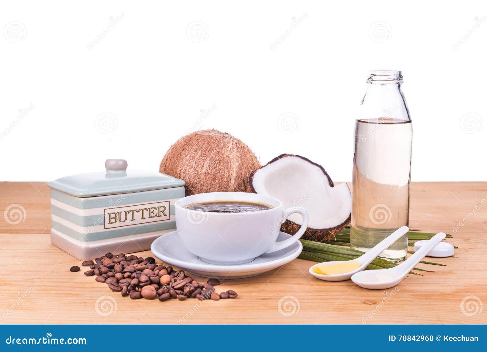 Dieta del cafe con mantequilla y aceite de coco