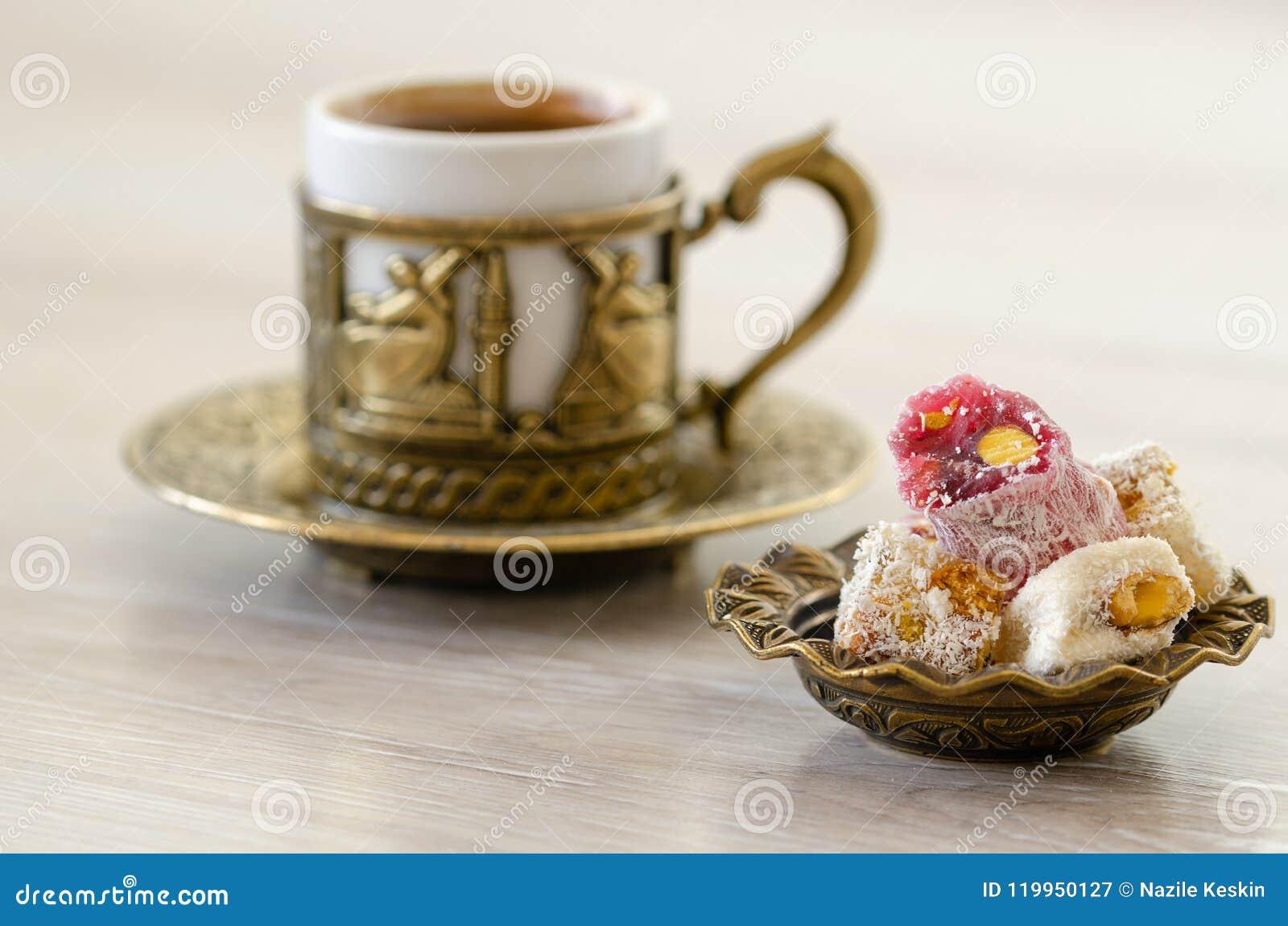 Café turco com loukoum