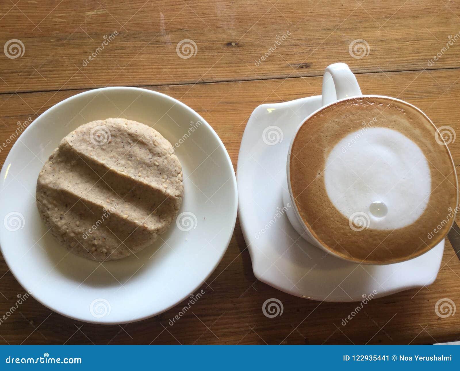 Café y galleta Arte del Latte