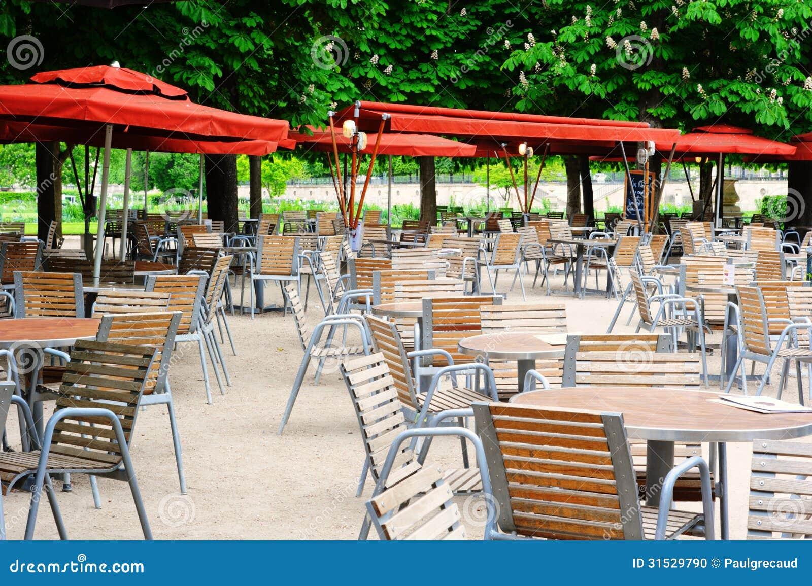 Cafe terrace in tuileries garden paris stock photo for Restaurant paris jardin