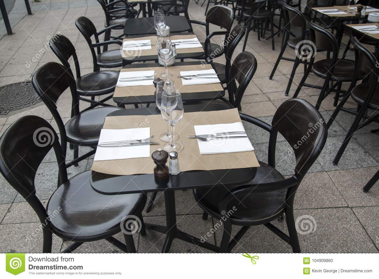 Cafen chairs tabeller