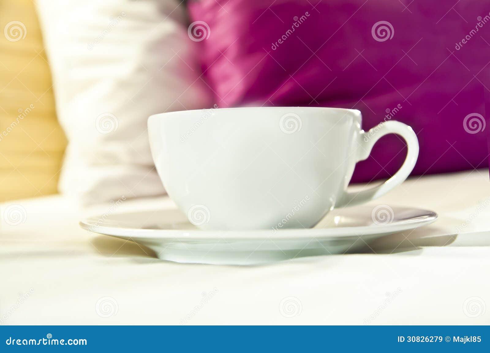 Caffè o tè servito per inserire
