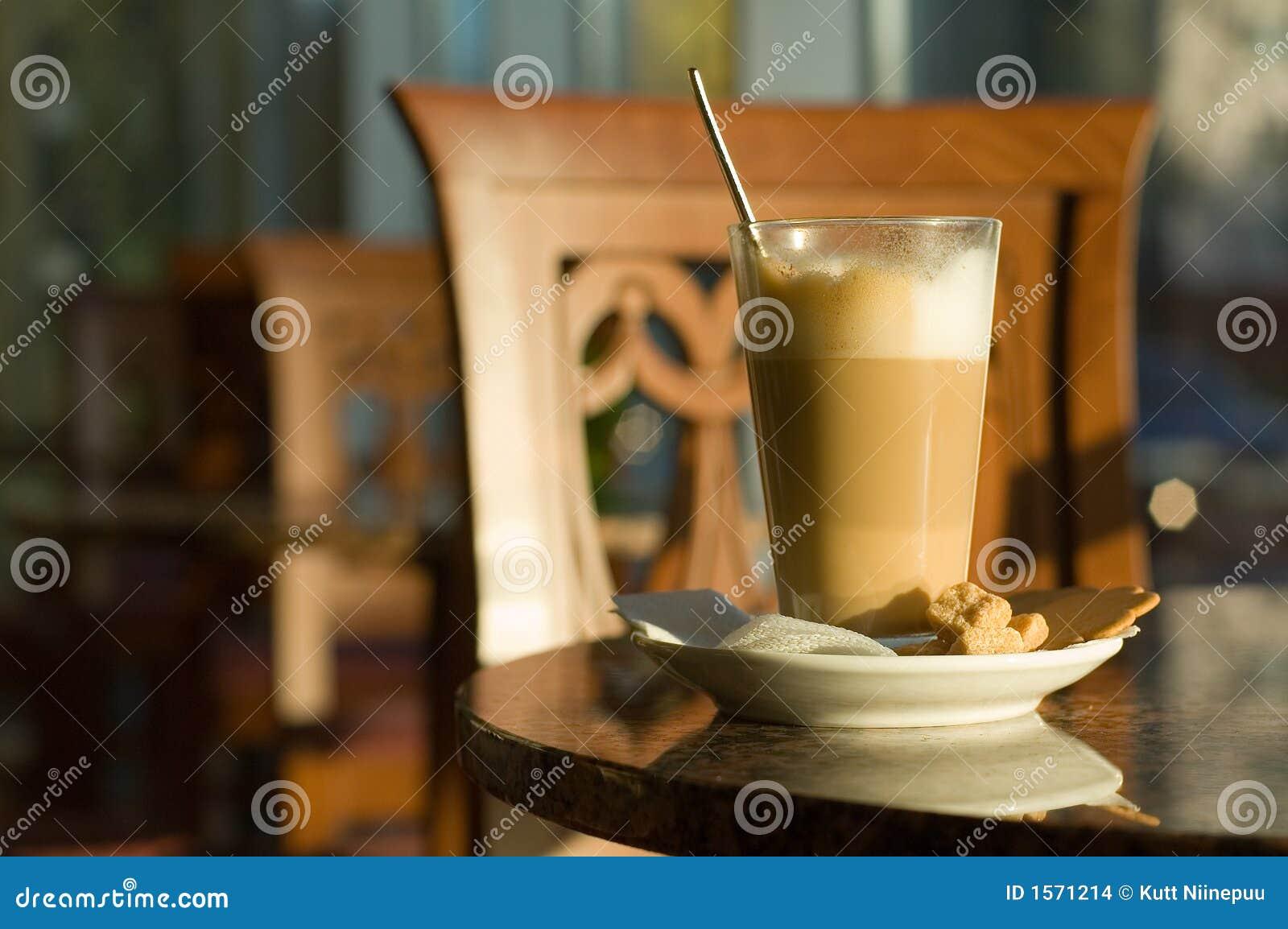 caffe latte stockfoto bild von gef rbt braun essen 1571214. Black Bedroom Furniture Sets. Home Design Ideas
