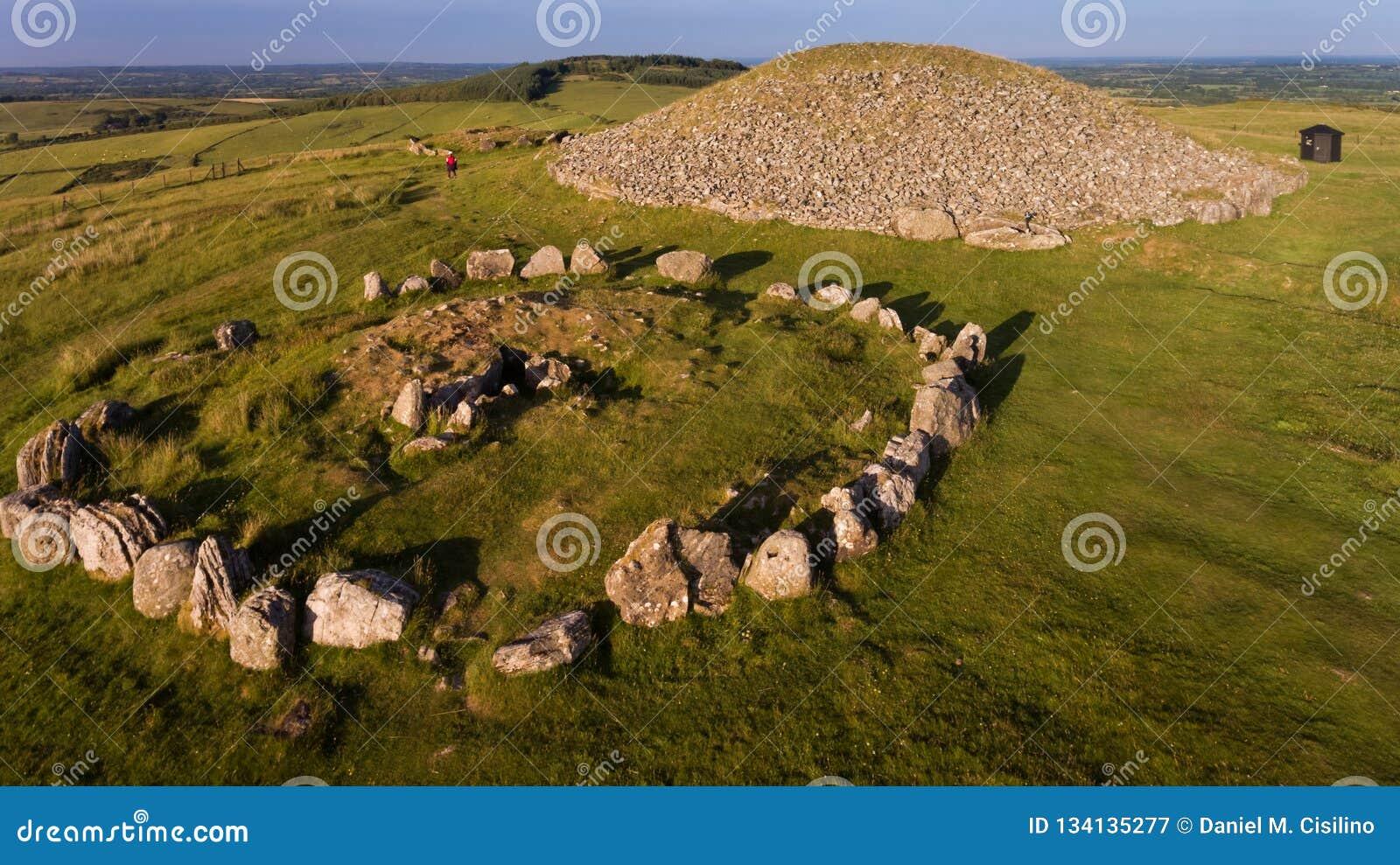 Cairn di Loughcrew contea Meath l irlanda