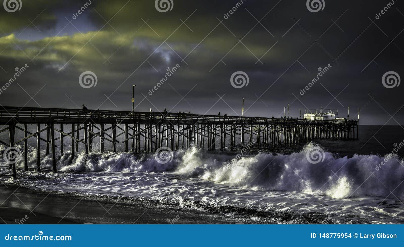 Cais Califórnia do balboa com ressaca alta