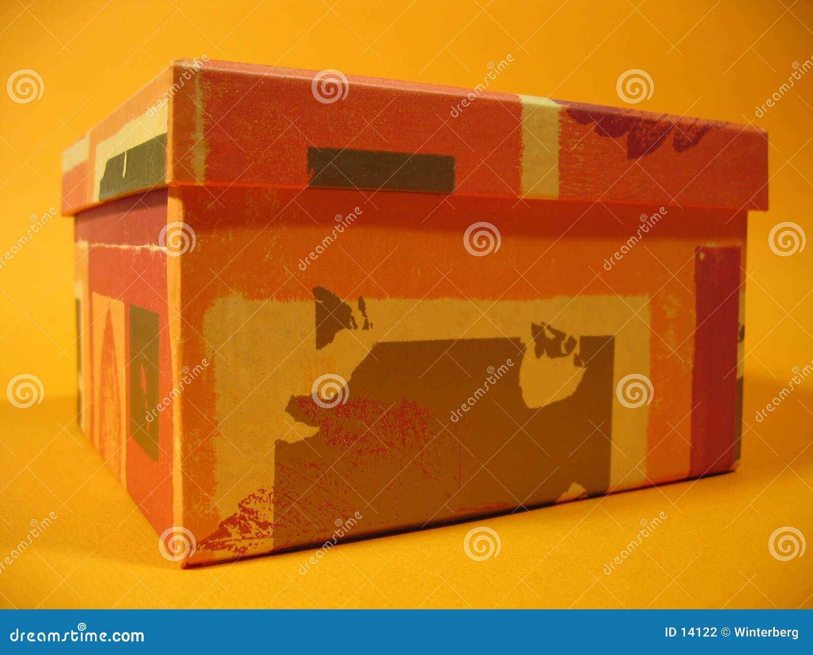 Caixa alaranjada II